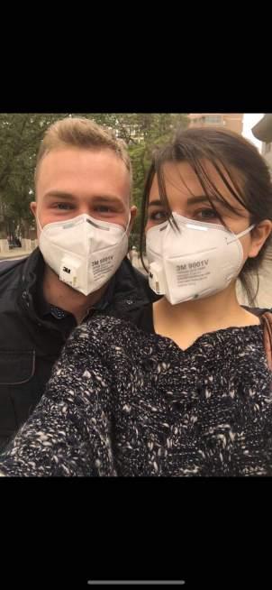 Io ed il mio ragazzo con le mascherine